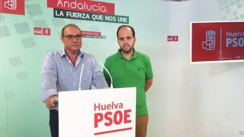 EL PSOE DE AYAMONTE ACUSA AL EQUIPO DE GOBIERNO DE LLEVAR DOS AÑOS Y MEDIO DORMITANDO